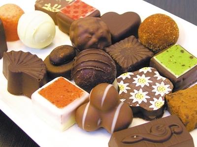 自制巧克力 敲开情人心